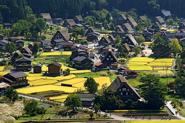 Shirakawa-go1